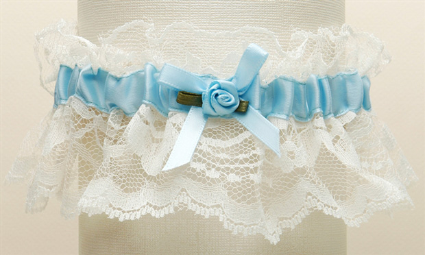 Mariell Hand-Sewn Vintage Lace Wedding Garters - Ivory with Blue