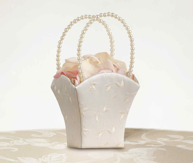 Lillian Rose Elegant Wedding Basket Ivory