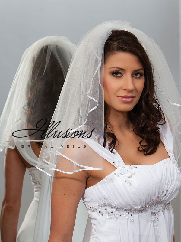 Illusions Bridal Ribbon Edge Veil 1-201-1R: Rhinestone Accent