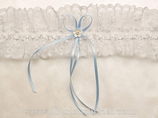 Illusions Bridal Bridal Garters and Purses 1002