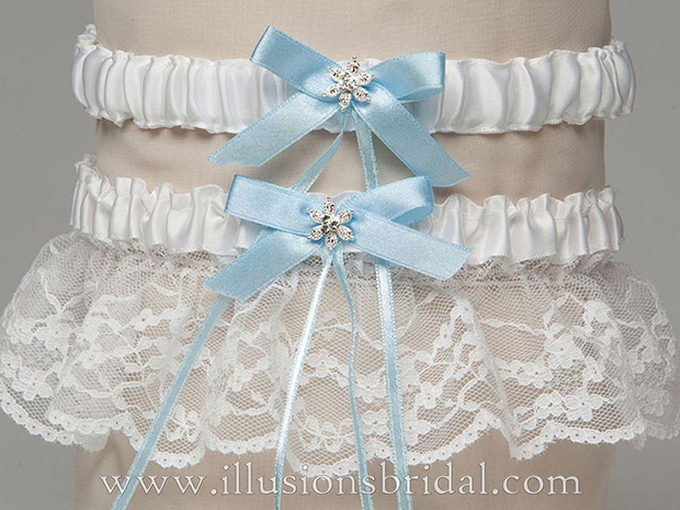 Illusions Bridal Bridal Garters and Purses 1009