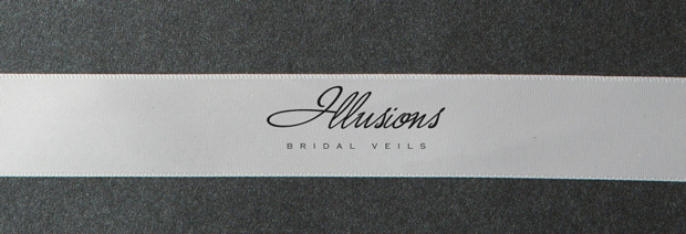 Illusions Bridal Ribbon Edge Veil 5-301-7R-RS: Rhinestone Accent