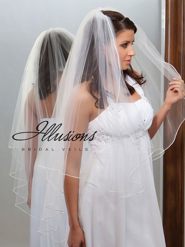 Illusions Bridal Rattail Edge Veil A1-451-RT