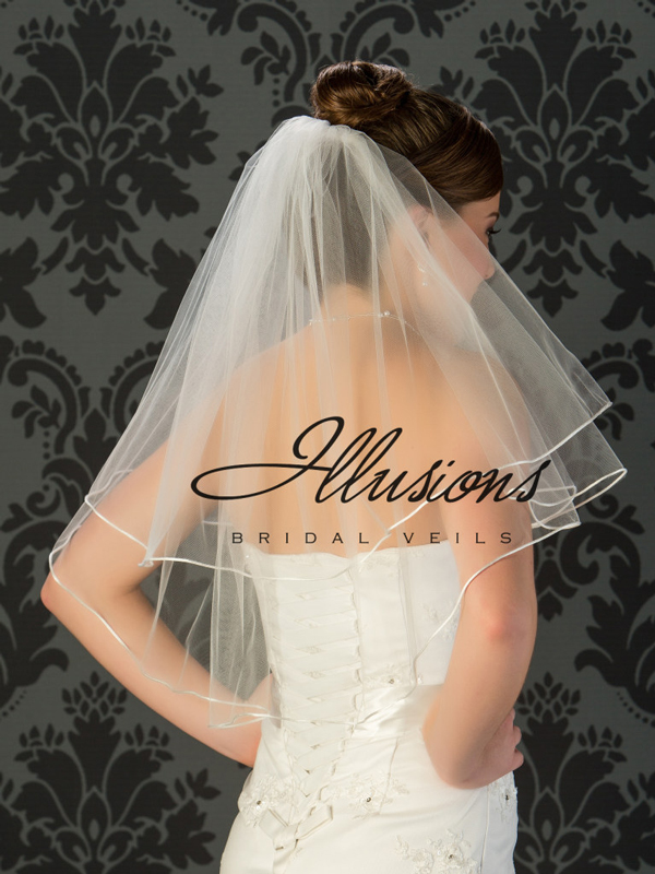 Illusions Bridal Rattail Edge Wedding Veil C7-252-RT: Elbow Length