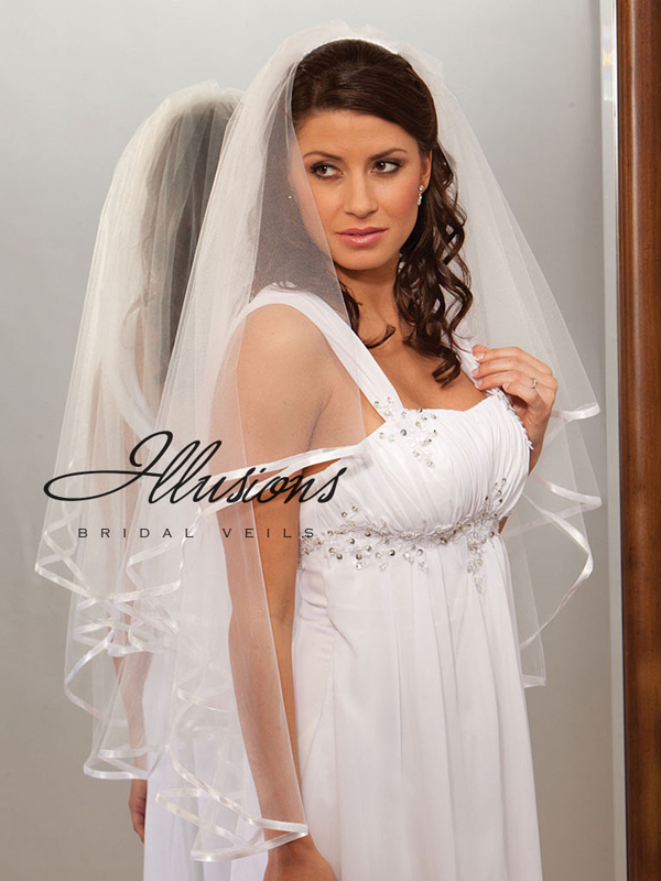 Illusions Bridal Ribbon Edge Veil C7-362-3R: Pearl Accent