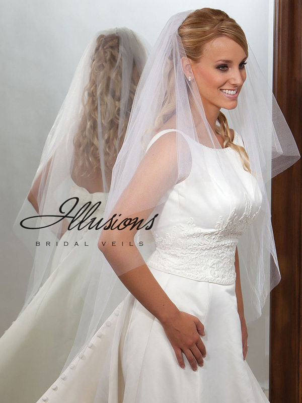 Illusions Bridal Cut Edge Veil C7-452-CT: Rhinestone Accent