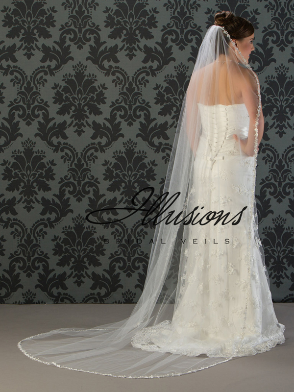 Illusions Bridal Lace Edge Wedding Veil C7-901-6L: Long Lace Edge