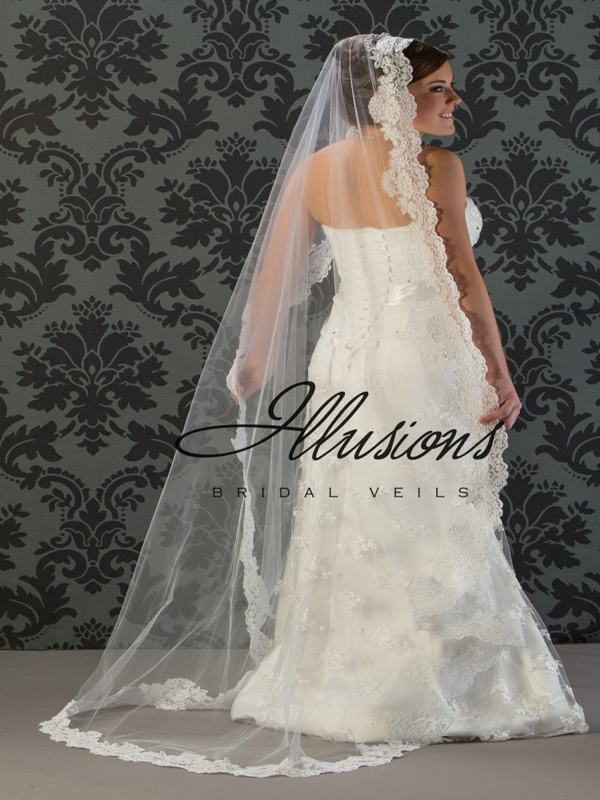 Illusions Bridal Lace Edge Wedding Veil M7-721-1L: Mantilla