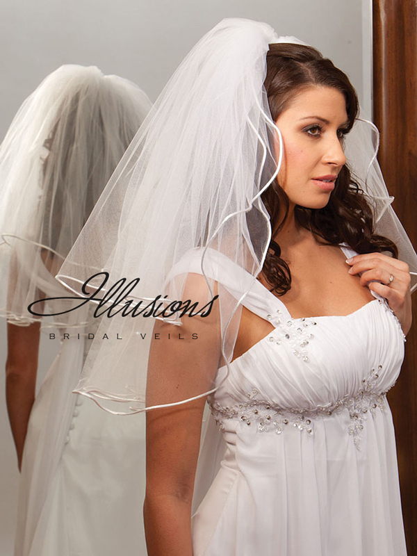 Illusions Bridal Rattail Edge Veil S1-252-RT: Pearl Accent
