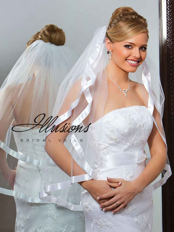 Illusions Bridal Ribbon Edge Veil S1-302-7R: Pearl Accent