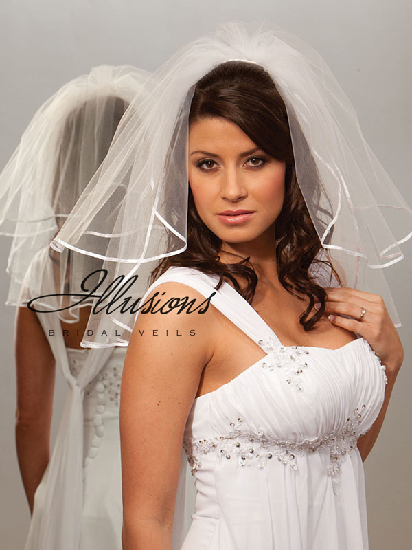 Illusions Bridal Ribbon Edge Veil S5-202-1R: Rhinestone Accent