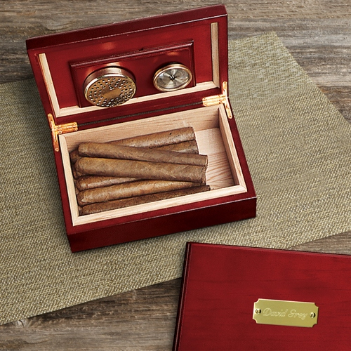 JDS Personalized Humidor: Cherry Wood
