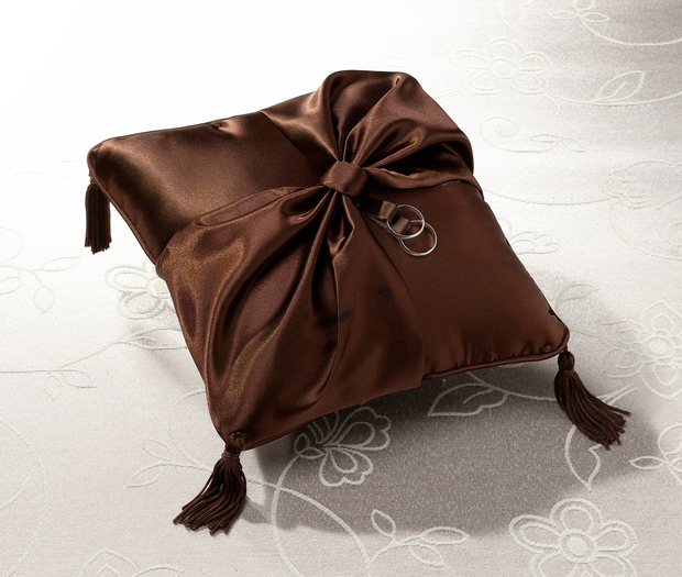 Lillian Rose Ring Pillow - Brown