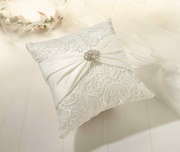 Lillian Rose Vintage Lace Pillow - Cream