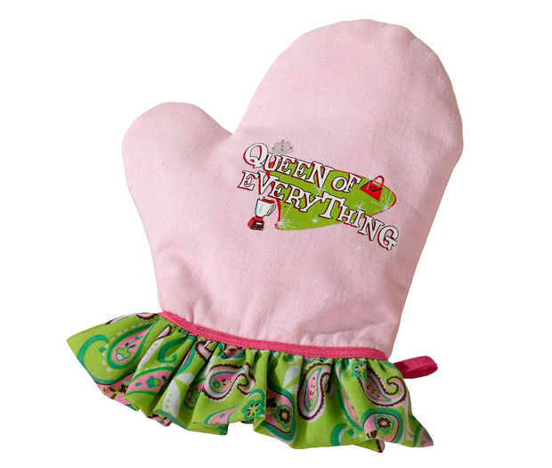 Lillian Rose Queen of Everything Oven Mitt
