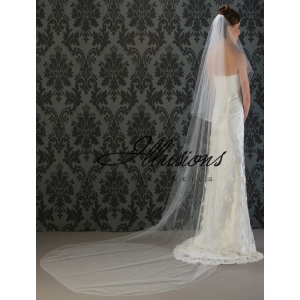 Illusions Bridal Corded Edge Veil C7-1202-C: Pearl Accent