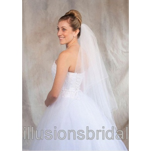 Illusions Bridal Colored Veils and Edges: White/Silver Corded Edge