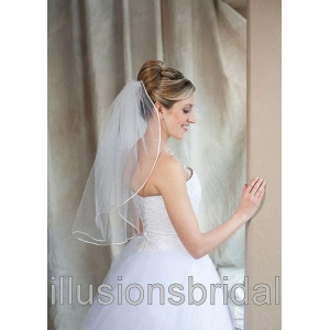 Illusions Bridal Colored Veils and Edges: White/Silver Rattail Edge