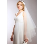 Mariell Couture Cascading 1-Sided Bridal Veil with Ivory Lace Garland Headband