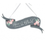 Lillian Rose Here Comes the Bride Banner Sign